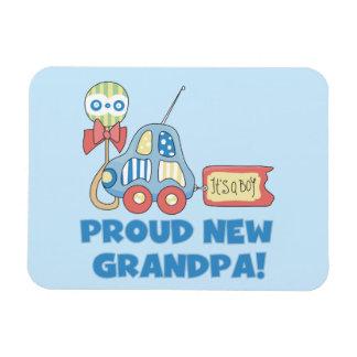Nuevo coche orgulloso del abuelo es regalos de un imanes flexibles