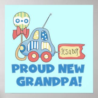 Nuevo coche orgulloso del abuelo es regalos de un  póster