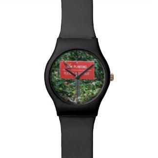 Nuevo establecimiento con negro del reloj del