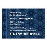 Nuevo graduado azul marino 2013 o cualesquiera año invitaciones personalizada