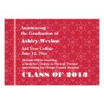 Nuevo graduado rojo y blanco 2013 o cualesquiera a comunicados personalizados