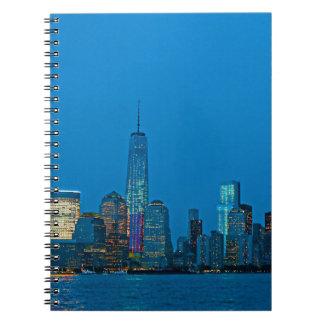 Nuevo horizonte imponente de Nueva York Libros De Apuntes Con Espiral