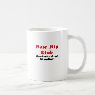 Nuevo miembro de club de la cadera en la buena taza de café