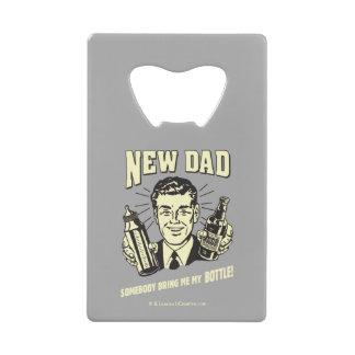 Nuevo papá: Alguien me trae mi botella