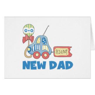 Nuevo papá del coche es un muchacho tarjeta de felicitación