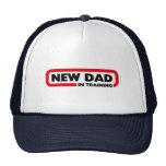 Nuevo papá en el entrenamiento gorro de camionero