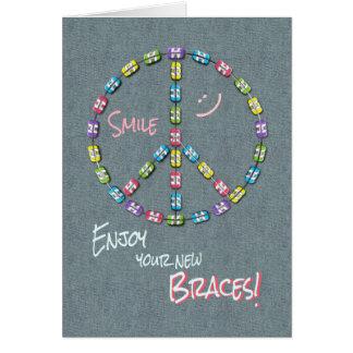 Nuevo signo de la paz de la enhorabuena de los tarjeta de felicitación