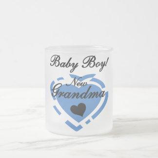 Nuevos camisetas y regalos del bebé de la abuela taza cristal mate