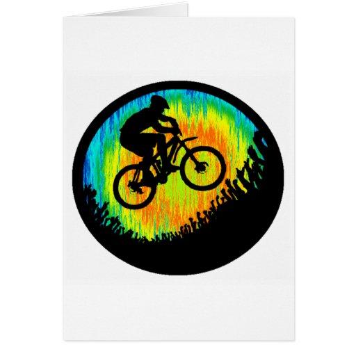 Nuevos empujes de la bici felicitaciones