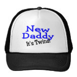 Nuevos gemelos del papá gorras