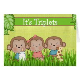 Nuevos muchachos del trío dos del bebé un mono tarjeta de felicitación