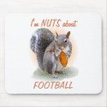 Nuez del fútbol alfombrilla de ratones
