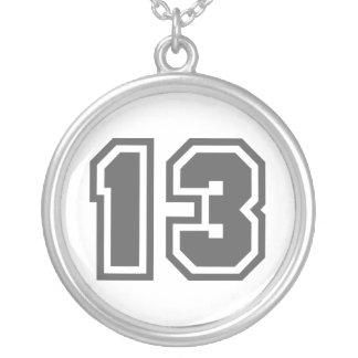 Número 13 colgante redondo