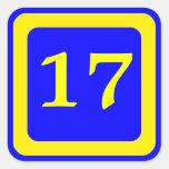 número 17, fondo azul, marco amarillo calcomania cuadradas