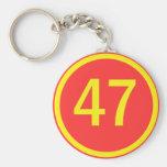 número, 47, en un círculo llavero personalizado