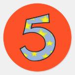 Número 5 etiqueta redonda