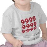Número 9 - Estrellas del blanco en rojo oscuro Camiseta