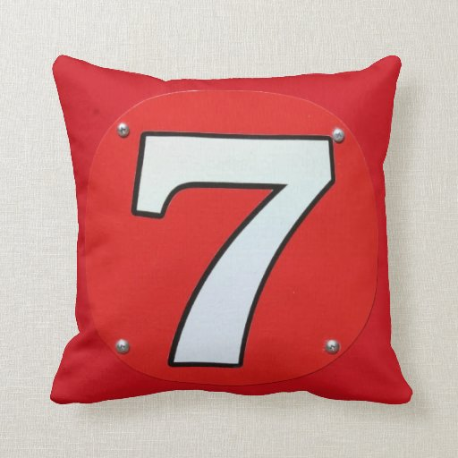 Número afortunado siete 7 almohadas