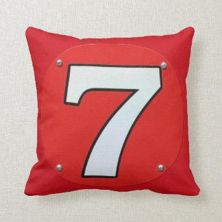 Número afortunado siete 7 cojín