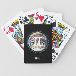 Número del pi en naipes de la tierra baraja cartas de poker