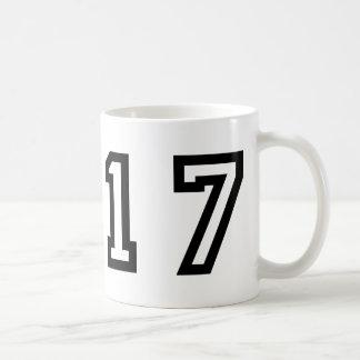 Número diecisiete taza
