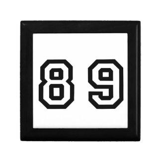 Número ochenta y nueve joyero cuadrado pequeño