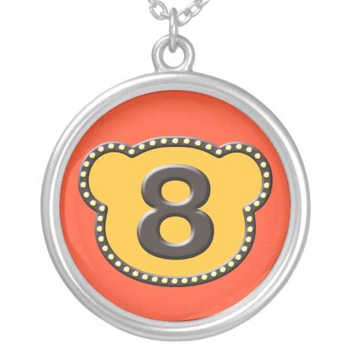 Número principal 8 del oso collares