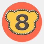 Número principal 8 del oso etiquetas redondas