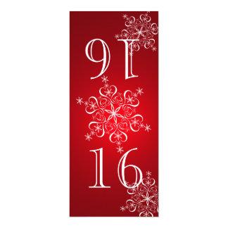 """Número rojo de la tabla de los copos de nieve invitación 4"""" x 9.25"""""""