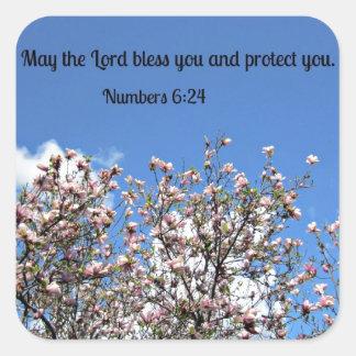 Números 6: El 24 de mayo el señor le bendice…. Calcomanía Cuadrada Personalizada