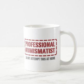 Numismático profesional taza de café