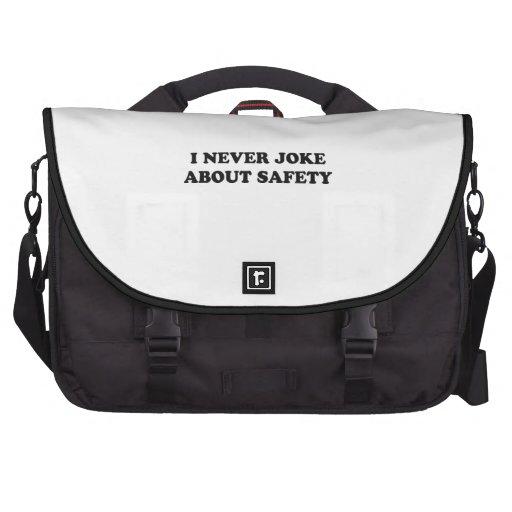Nunca bromeo sobre seguridad bolsa de ordenador