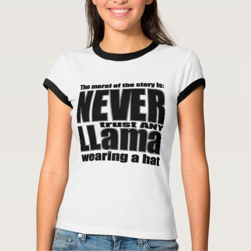 Nunca confíe en una llama en un gorra camisas