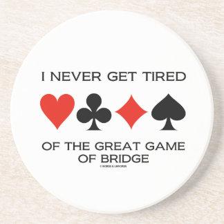 Nunca consigo cansado del gran juego del puente posavaso para bebida