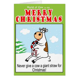 Nunca dé a vaca una paja gigante para el navidad tarjeta de felicitación
