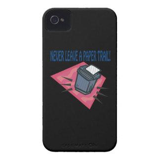 Nunca deje un rastro escrito iPhone 4 Case-Mate coberturas