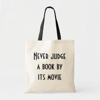 Nunca juzgue un libro bolsas