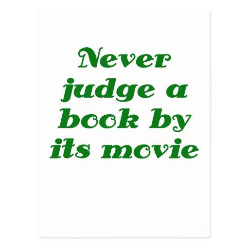 Nunca juzgue un libro por su película tarjeta postal