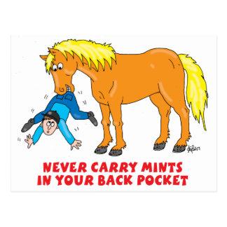 Nunca lleve las mentas en su bolsillo trasero tarjeta postal