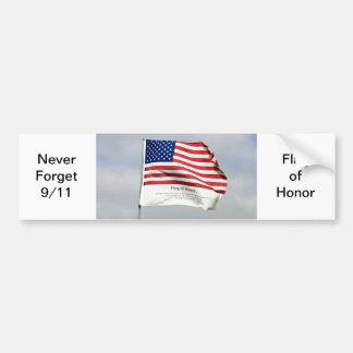 Nunca olvide 9/11 bandera de pegatina del honor etiqueta de parachoque