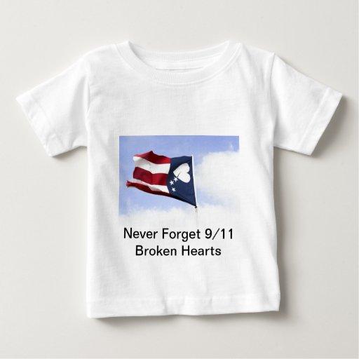 Nunca olvide 9/11 - los corazones quebrados t-shirts
