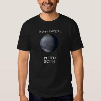 Nunca olvide Plutón Playeras