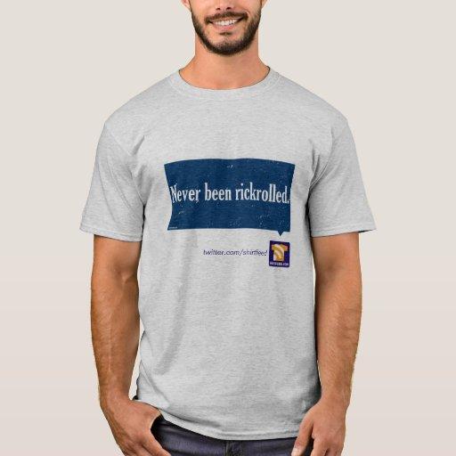 """Nunca sido"" camiseta rickrolled"