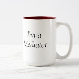 Nunca tomo lados… que soy una taza del mediador