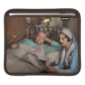 Nurse - Comforting thoughts 1933 Sleeve For iPads