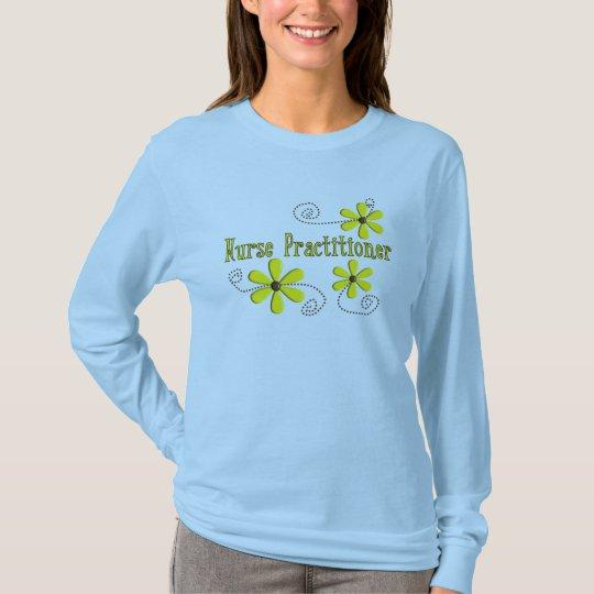 Nurse Practitioner Gifts Daisies Design T-Shirt