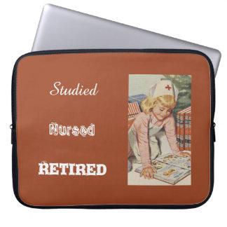 Nurse Retiring - So Retro Laptop Sleeve