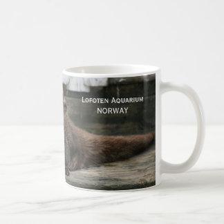 Nutria, acuario de Lofoten Taza Clásica
