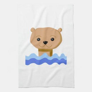 Nutria de la natación toalla de mano