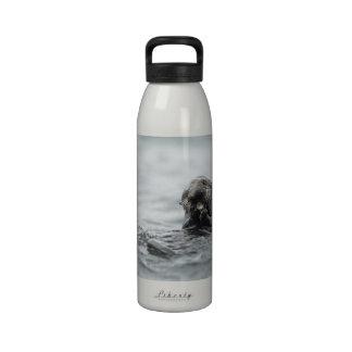 Nutria de mar crujiente botellas de beber